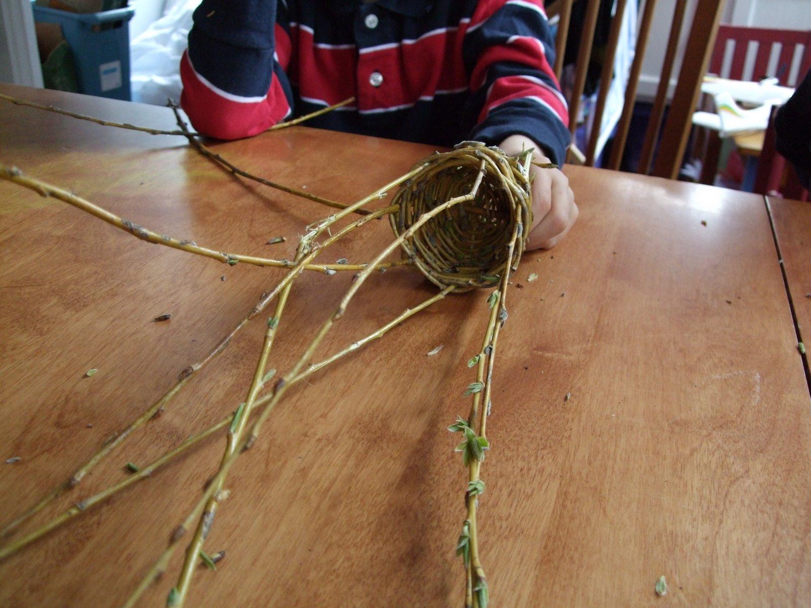 Плетение из веток ивы своими руками